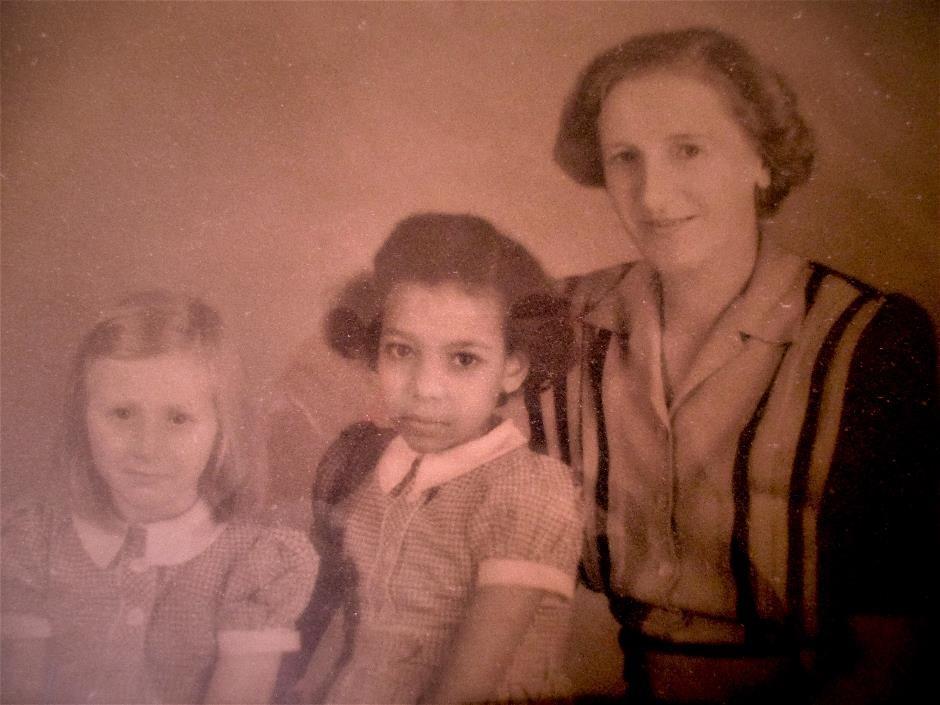 Family portrait of Leila, Zahra, Doreen Ingrams